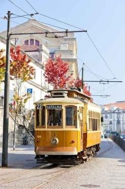 Fototapety PEJZAŻ MIEJSKI tramwaje 11124