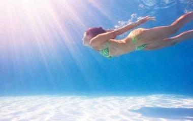 Fototapety SPORT pływanie 12570