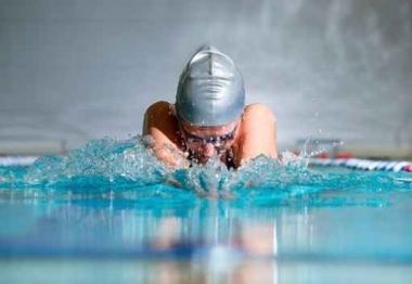 Fototapety SPORT pływanie 12571