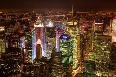 Fototapety PEJZAŻ MIEJSKI miasto nocą 13671
