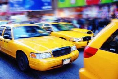 Fototapety PEJZAŻ MIEJSKI taxi 6223