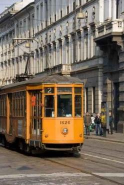 Fototapety PEJZAŻ MIEJSKI tramwaje 6236